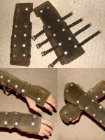 Leather gloves by xGryphus