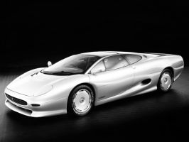 Jaguar XJ220 by Wowches