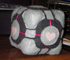 Companion Cube Plushie by littlemissysg
