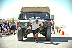 Hummer Pull by swiftmoonphoto