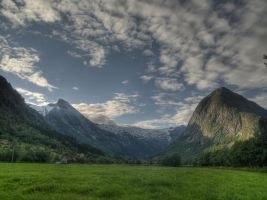 Norway by LorcanPL