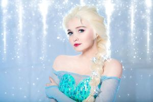 Queen Elsa 3 by Usagi-Tsukino-krv