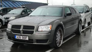 Dodge Magnum SE by ShadowPhotography
