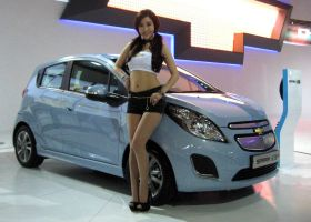 Model With A Blue Electric Spark by toyonda
