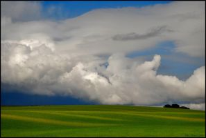 Cloudy by Mr-Vicent