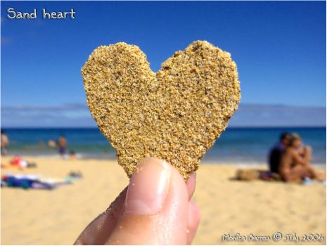 Sand heart by MyLittleWorld