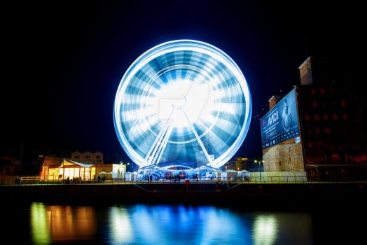 Observation Wheel in Gdansk, Poland by KrzysztofSmejlis