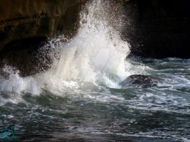 Wave Crashing on Sunset Cliffs by NodokaVisualArts
