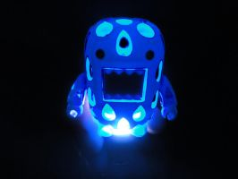Glowing Domo by PiliBilli