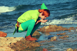 Peter Pan: This water is drinkable? by KuroKyuk