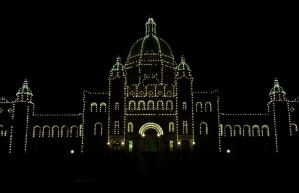 Parliament Building by night by CoFFeeZomBee