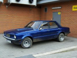Blue Ford - Unidentified by Abrimaal