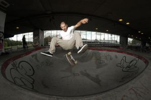 Chicco, frontside flip by eddiethink