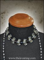 Queen Ravenna's necklace by TheIronRing