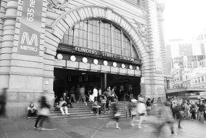 Flinders Street Station by KnotyknoH