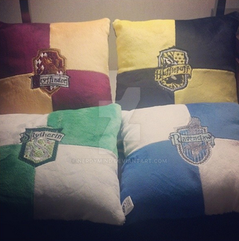 HP pillows by NerdyMind