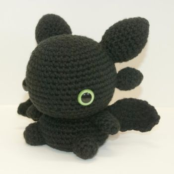 Toothless by Heartstringcrochet