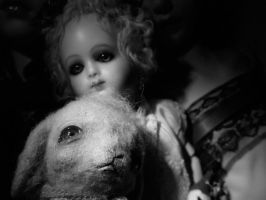 Antique Dolly and her bunny by daughter-of-Isis
