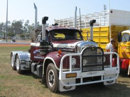 Mack B-model on display 12 by RedtailFox