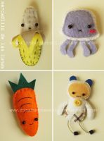 Kawaii Brooches 1o' by RinaKurotenshi