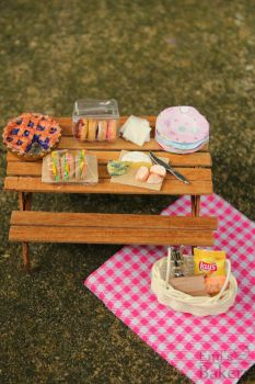 Miniature picnic by EmisBakery
