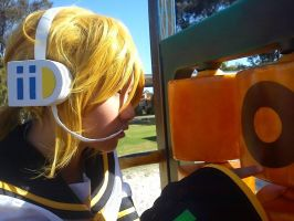 re: Len Kagamine cosplay by zukitocoser
