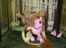 MLP:Golden Blossom in forest by allykat