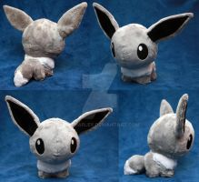 Shiny Eevee Pokedoll by TheHarley