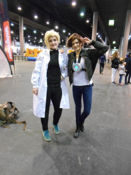 EpicCon Frankfurt 2016 cosplay: Tracer and Mercy by Lalottered