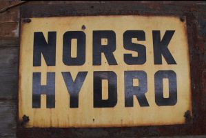Norsk Hydro 1 by enframed