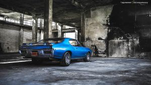 Blue Pontiac by AmericanMuscle