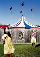Tari and the circus company by thembo
