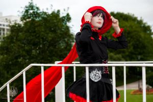Ruby Rose - RWBY @ Ayacon 2013 by faramon