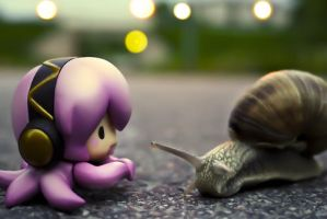 Tako Luka and the snail by Madame-Red8
