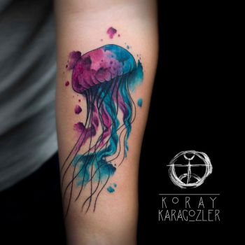Jelly Fish by koraykaragozler
