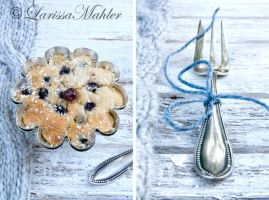 Bilberry Muffin I by Lily-of-the-Vallley