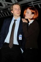 Mulder and Scully by popecerebus
