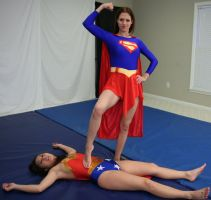 Classic Battles:  Wonder-Sumiko vs Super-Kelly #10 by sleeperkid