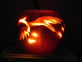 Philomena Pumpkin *lights out* by PotatoPirate