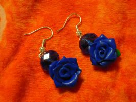 Fimo blue roses by REDDISH-MUSE