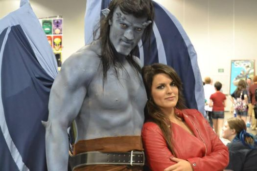Gargoyles Goliath and Elisa Maza at DCC 2014 8 by PhoenixForce85
