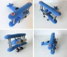 Crocheted Biplane by missdolkapots