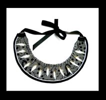 Collar necklace Gray but sparkly mood by AniDandelion
