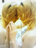 The two of us - Kagamine Rin by TokalaAngel
