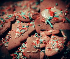 Christmas cakes. by 6Artificial6