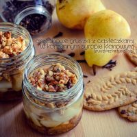 walnuts pear with cookies and spicy maple syrup by Pokakulka