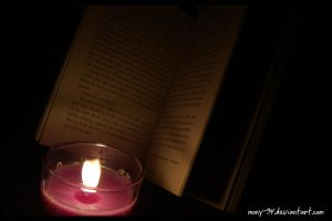 Reading in the Dark III by Noctelux