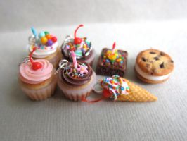 Cupcake Charms by LittleSweetDreams