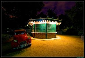 Night Carrousel by Androgynous23