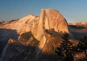 Half Dome from Glacier Point by CezarMart